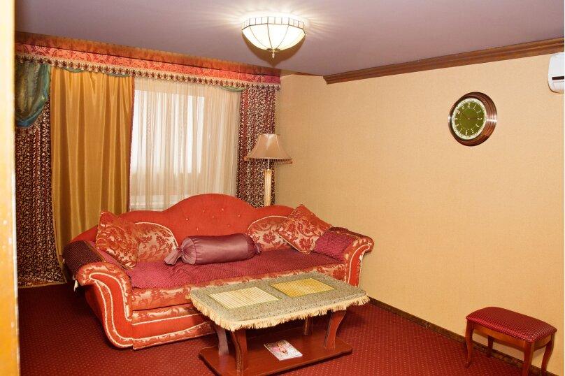 """Мини-отель """"Holiday House"""", улица Автостроителей, 5 на 19 номеров - Фотография 10"""