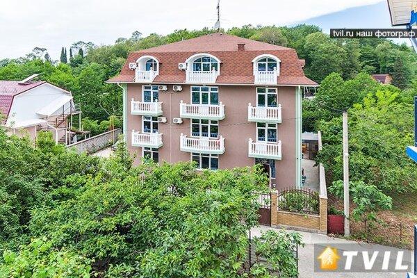 Мини-гостиница, улица Декабристов, 216 на 15 номеров - Фотография 1