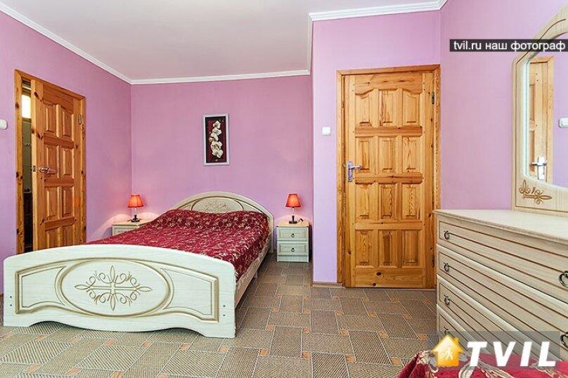 """Гостевой дом """"Лидия"""", улица Просвещения, 162 б на 24 комнаты - Фотография 47"""