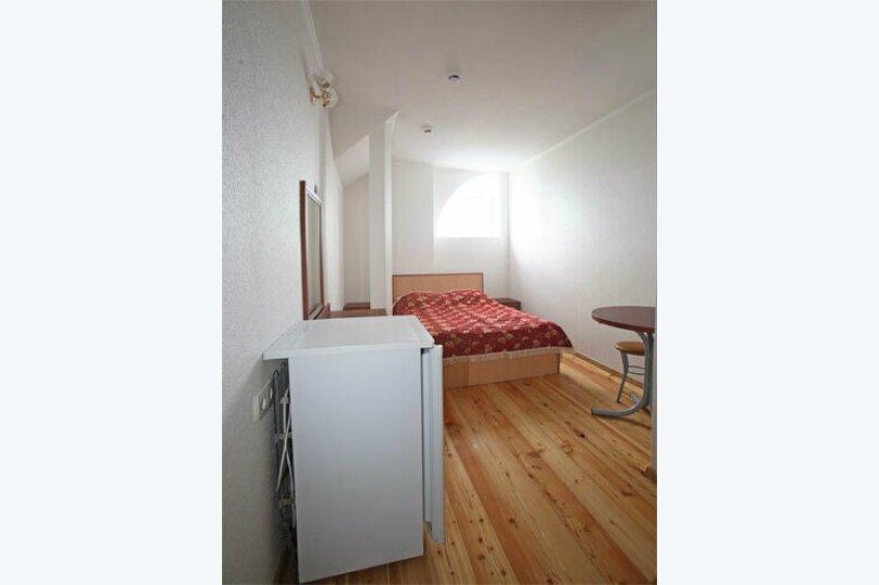 Мини-гостиница Лазурь, Школьная улица, 12А на 19 номеров - Фотография 8