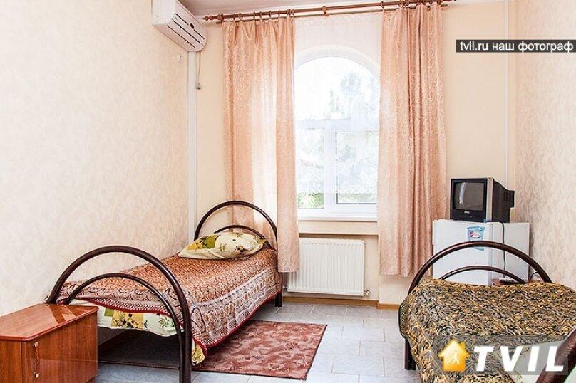 2-х местный односпальная кровать, Новая улица, 1А, Кабардинка - Фотография 1