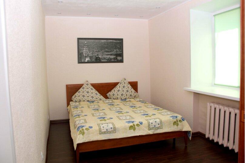 2-комн. квартира, 52 кв.м. на 4 человека, улица Сталеваров, 68, Череповец - Фотография 5