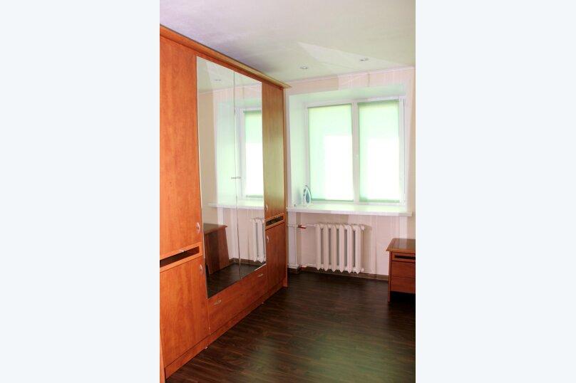 2-комн. квартира, 52 кв.м. на 4 человека, улица Сталеваров, 68, Череповец - Фотография 8