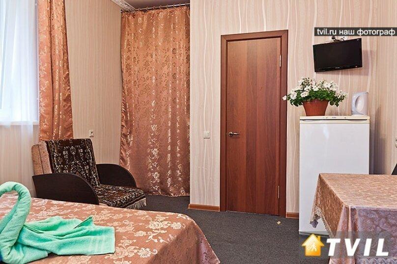 Гостевой дом Камелот, улица Шевченко, 12 на 6 комнат - Фотография 38