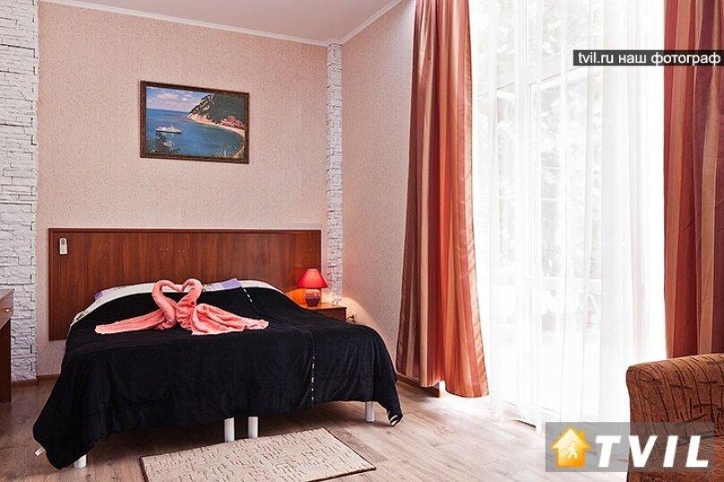 Гостевой дом Камелот, улица Шевченко, 12 на 6 комнат - Фотография 9