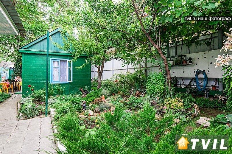 Гостевой дом Тенистый дворик, улица Самбурова, 84/2 на 5 комнат - Фотография 14
