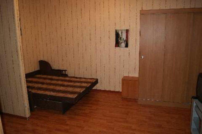 2-комн. квартира, 50 кв.м. на 4 человека, Комсомольская улица, 19, Череповец - Фотография 4