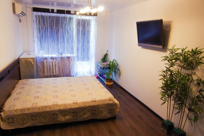 2-комн. квартира, 45 кв.м. на 4 человека, улица Твардовского, 12, Волгоград - Фотография 3
