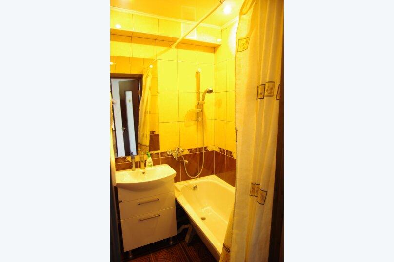 2-комн. квартира, 45 кв.м. на 4 человека, улица Твардовского, 12, Волгоград - Фотография 7