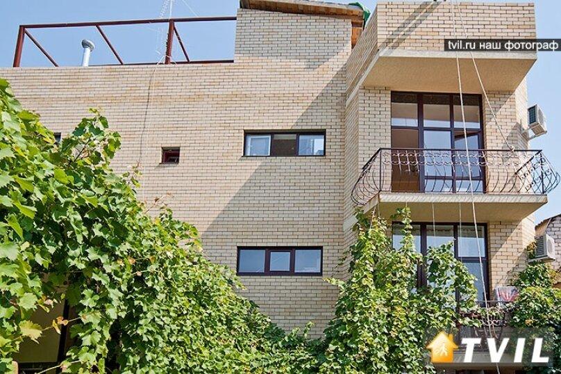Гостевой дом Вероса, улица Шевченко, 133 на 13 комнат - Фотография 1