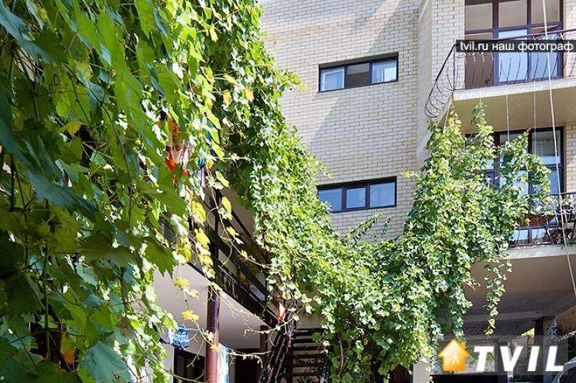 Гостевой дом Вероса, улица Шевченко, 133 на 13 комнат - Фотография 3