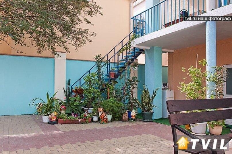 Гостевой дом Зелёный дворик, улица Луначарского, 320Б на 2 комнаты - Фотография 9