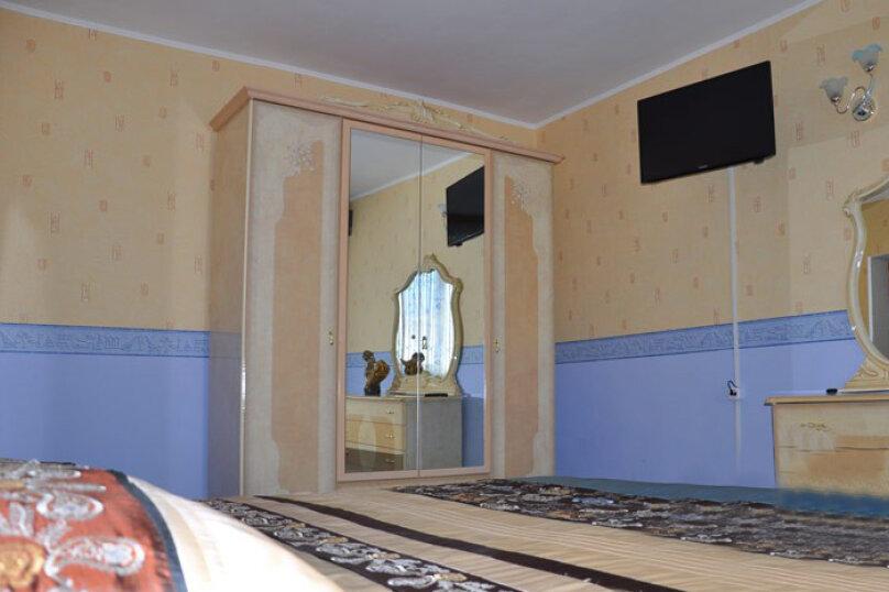 Апартаменты 90 кв. м. 3-х комнатные, 90 кв.м. на 8 человек, 3 спальни, 2-й Черноморский переулок, 10, Витязево - Фотография 5