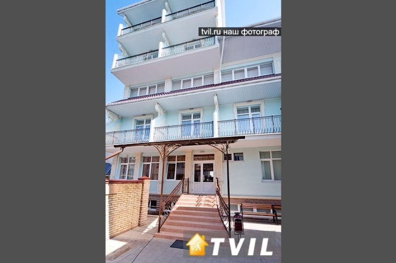 Гостевой дом Art-Hotel, улица Самбурова, 52А на 16 комнат - Фотография 2