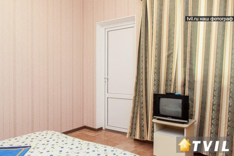 """Гостевой дом """"У Карена"""", Аэродромная улица, 18 на 8 комнат - Фотография 20"""