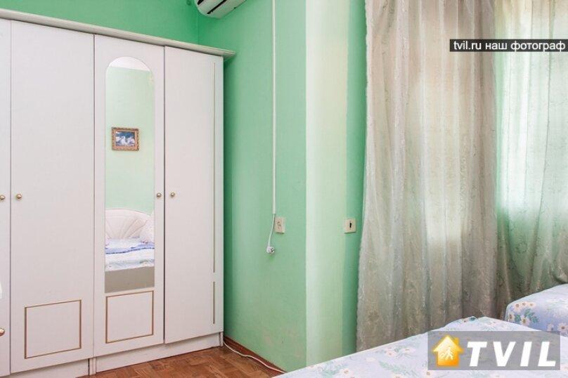 """Гостевой дом """"У Карена"""", Аэродромная улица, 18 на 8 комнат - Фотография 28"""