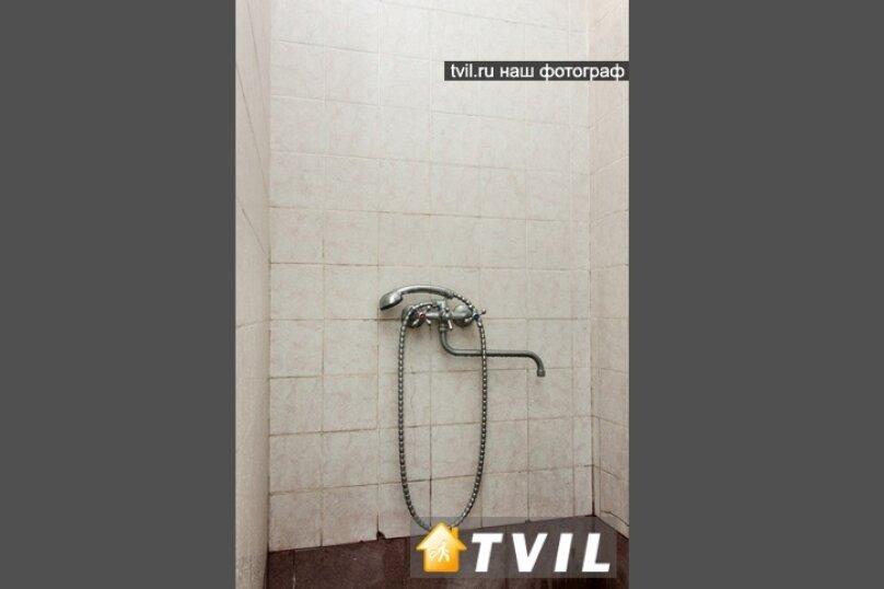 """Гостевой дом """"У Карена"""", Аэродромная улица, 18 на 8 комнат - Фотография 31"""