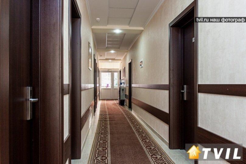 """Отель """"Фаворит"""", улица Леселидзе, 9 на 66 номеров - Фотография 12"""
