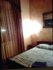 Сдается посуточно дом, 133 кв.м. на 8 человек, 8 спален, улица Каляева, 113, Центральный округ, Краснодар - Фотография 2