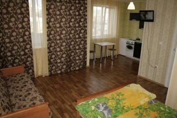 Комфорт 1-комнатный 2-4 местный с двумя отдельными кроватями:  Номер, Стандарт, 6-местный (4 основных + 2 доп), 1-комнатный, Частная гостиница, переулок Глухой, 6 на 15 номеров - Фотография 2