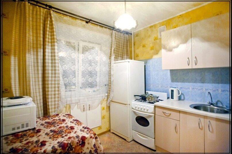 1-комн. квартира, 34 кв.м. на 2 человека, улица Дзержинского, 6, Кемерово - Фотография 2