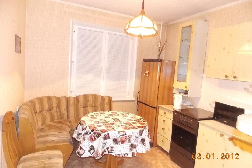 1-комн. квартира, 33 кв.м. на 2 человека, переулок Маяковского, 4, Красноярск - Фотография 1