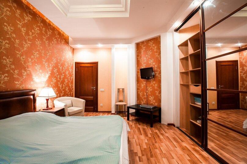 2-комн. квартира, 65 кв.м. на 4 человека, Кирочная улица, 22к2, метро Чернышевская, Санкт-Петербург - Фотография 2