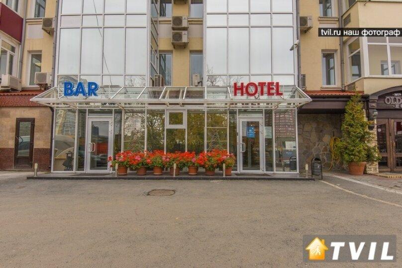 """Мини-отель """"ЕврОтель Южный"""", улица Луначарского, 240к12 на 23 номера - Фотография 1"""