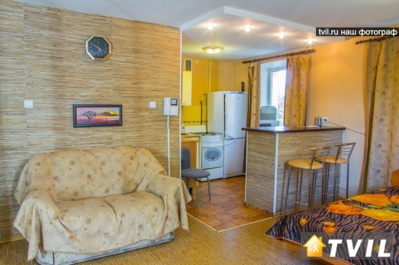 1-комн. квартира, 30 кв.м. на 3 человека, улица Гагарина, 2, Омск - Фотография 2