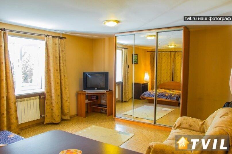 1-комн. квартира, 30 кв.м. на 3 человека, улица Гагарина, 2, Омск - Фотография 8