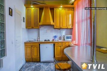 1-комн. квартира, 45 кв.м. на 3 человека, улица Герцена, 13, Центральный округ, Омск - Фотография 4
