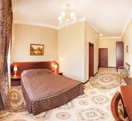 Отель, улица Стрелка, 13 на 30 номеров - Фотография 3