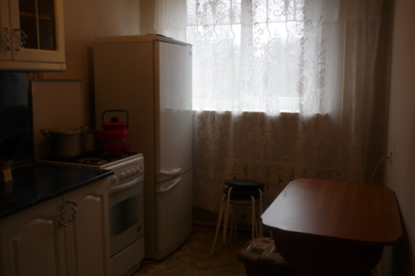 2-комн. квартира на 6 человек, улица Рихарда Зорге, 16, Уфа - Фотография 3