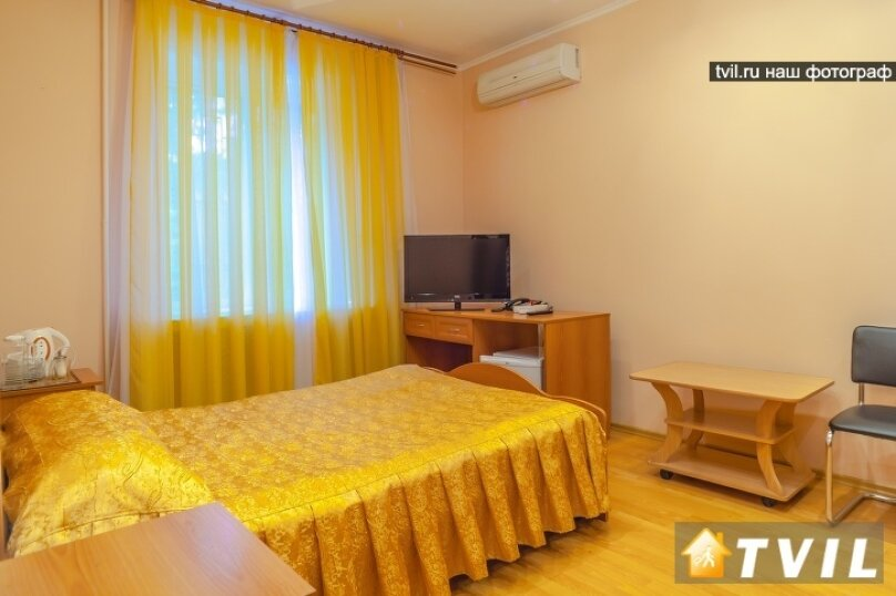 """""""Повышенной комфортности"""" двухспальная кровать, диван , Ставропольская улица, 216, Самара - Фотография 1"""