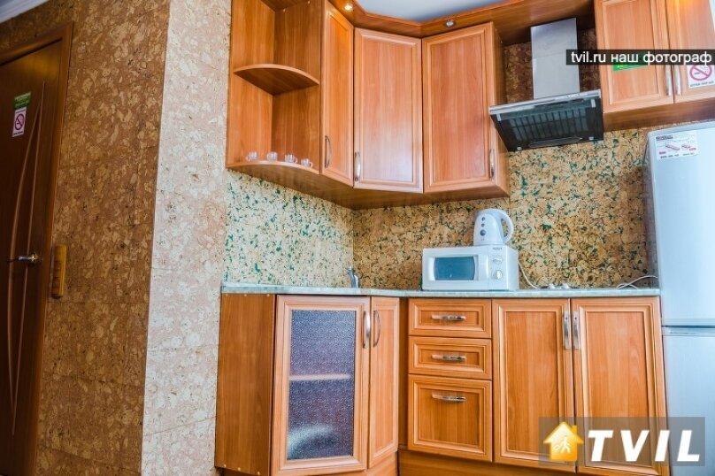 2-комн. квартира, 46 кв.м. на 4 человека, улица Партизана Железняка, 34, Красноярск - Фотография 10