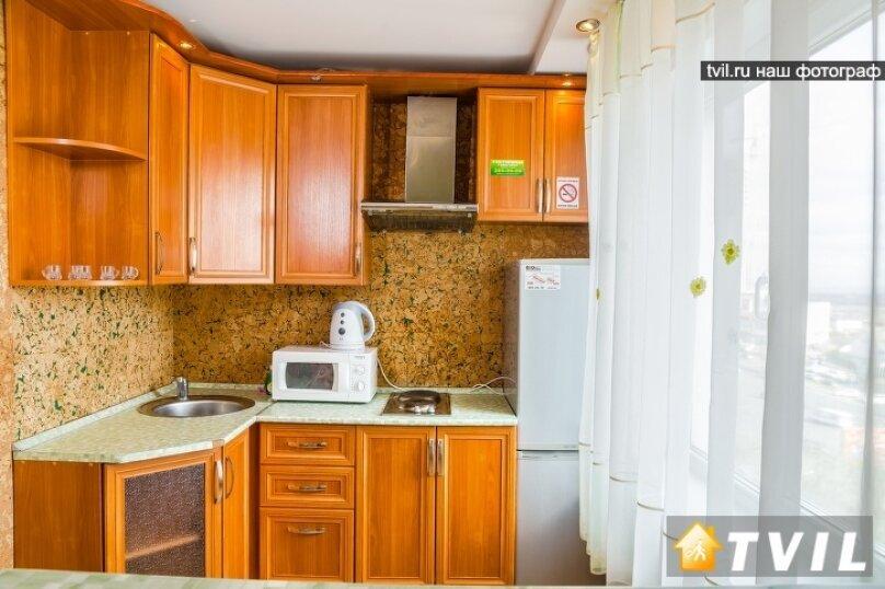2-комн. квартира, 46 кв.м. на 4 человека, улица Партизана Железняка, 34, Красноярск - Фотография 11