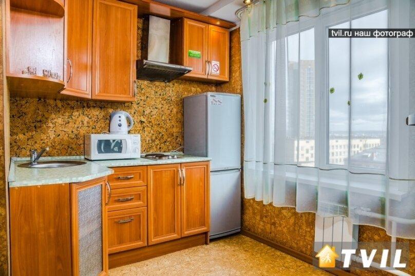 2-комн. квартира, 46 кв.м. на 4 человека, улица Партизана Железняка, 34, Красноярск - Фотография 12