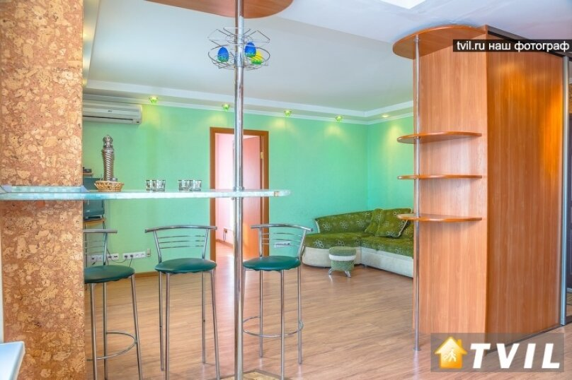 2-комн. квартира, 46 кв.м. на 4 человека, улица Партизана Железняка, 34, Красноярск - Фотография 13