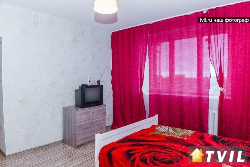 2-комн. квартира на 4 человека, Тихвинская улица, 14, Новосибирск - Фотография 2