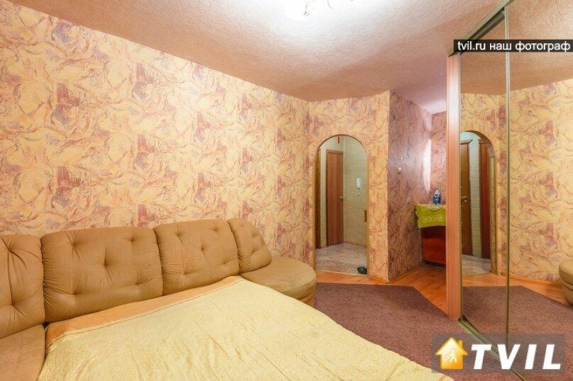 1-комн. квартира, 35 кв.м. на 3 человека, улица Шейнкмана, 45, метро Площадь 1905 года, Екатеринбург - Фотография 3