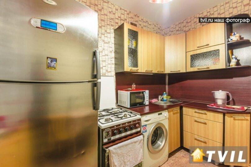 1-комн. квартира, 35 кв.м. на 3 человека, улица Шейнкмана, 45, метро Площадь 1905 года, Екатеринбург - Фотография 8