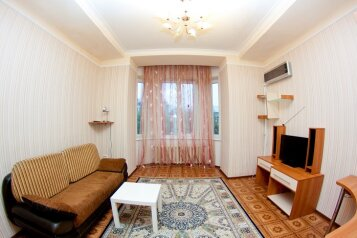 2-комн. квартира, 49 кв.м. на 4 человека, Советский проспект, 43, Кемерово - Фотография 1