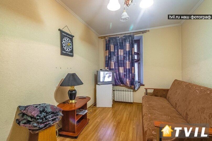 1-комн. квартира, 32 кв.м. на 4 человека, Рузовская улица, 25, Санкт-Петербург - Фотография 1