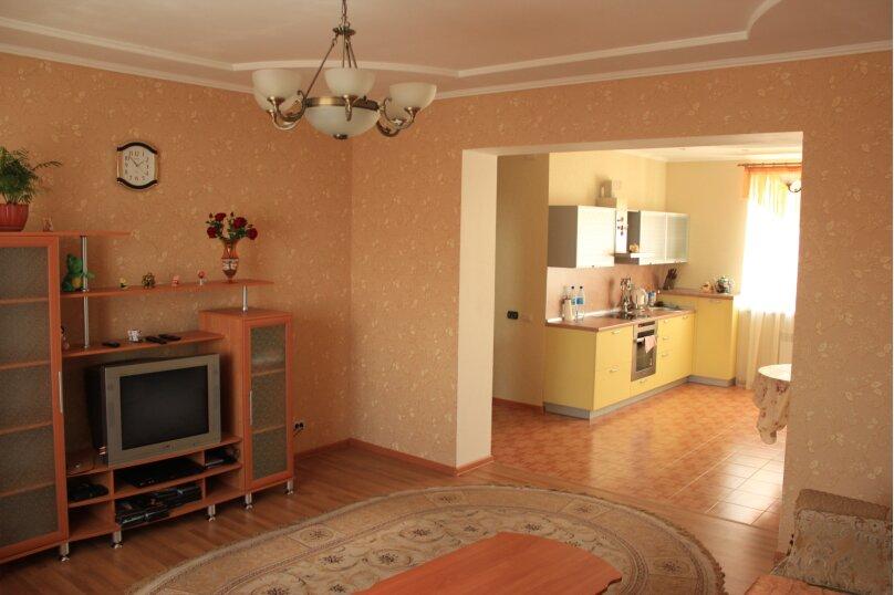 Сдам 2х этажный дом, 240 кв.м. на 12 человек, 4 спальни, Центральная улица, 4, Банное - Фотография 8
