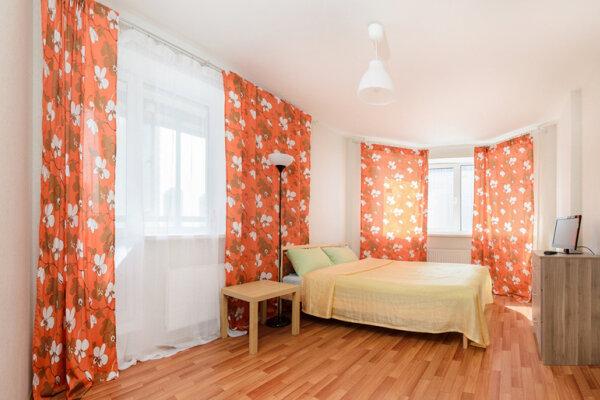 1-комн. квартира, 42 кв.м. на 4 человека, улица Валерия Гаврилина, 3А, Санкт-Петербург - Фотография 1