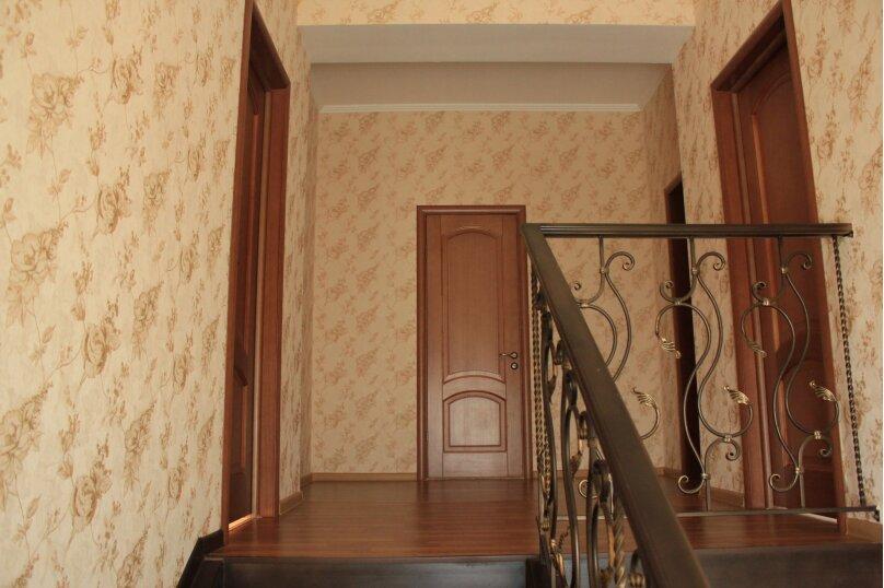 Сдам 2х этажный дом, 240 кв.м. на 12 человек, 4 спальни, Центральная улица, 4, Банное - Фотография 9