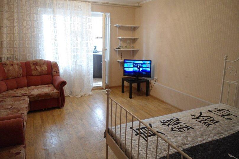 1-комн. квартира, 40 кв.м. на 2 человека, микрорайон Горский, 78, Новосибирск - Фотография 1