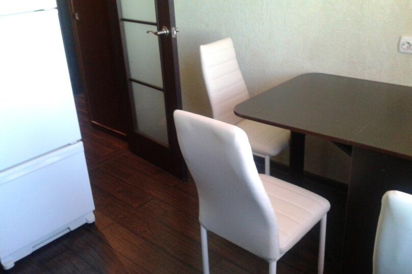 1-комн. квартира, 34 кв.м. на 2 человека, улица Олега Кошевого, 9, Хабаровск - Фотография 4