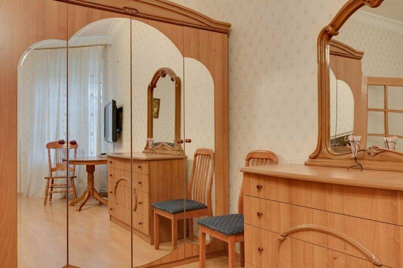 2-комн. квартира, 59 кв.м. на 4 человека, Марата, 19, Санкт-Петербург - Фотография 11