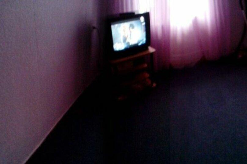 1-комн. квартира на 2 человека, улица Братьев Кашириных, 97, Челябинск - Фотография 2